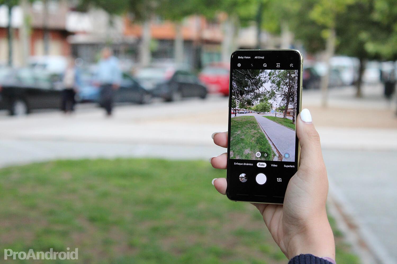 Android'de iPhone 11 ve iPhone 11 Pro'ya daha ucuz alternatifler 5