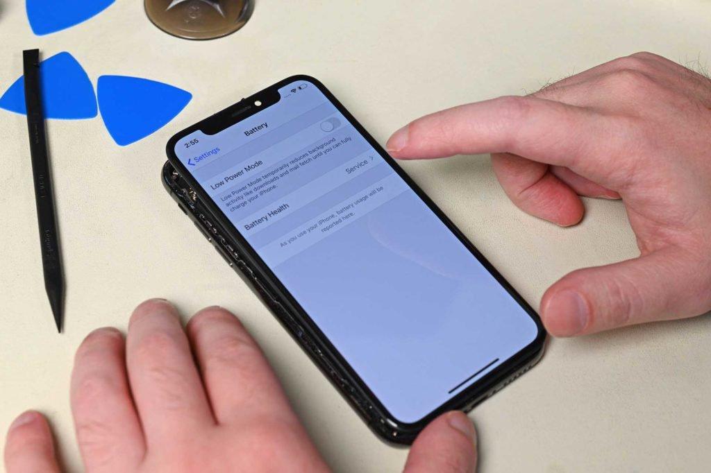 Bu yapar Apple iPhone'unuzun pilini değiştirmek daha zor 3