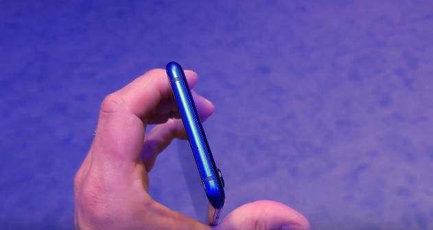 ZTE Akson 10 Pro 5G Smartphone İnceleme, Fiyat ve Özellikleri 1