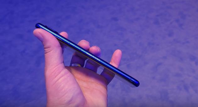 ZTE Akson 10 Pro 5G Smartphone İnceleme, Fiyat ve Özellikleri 2