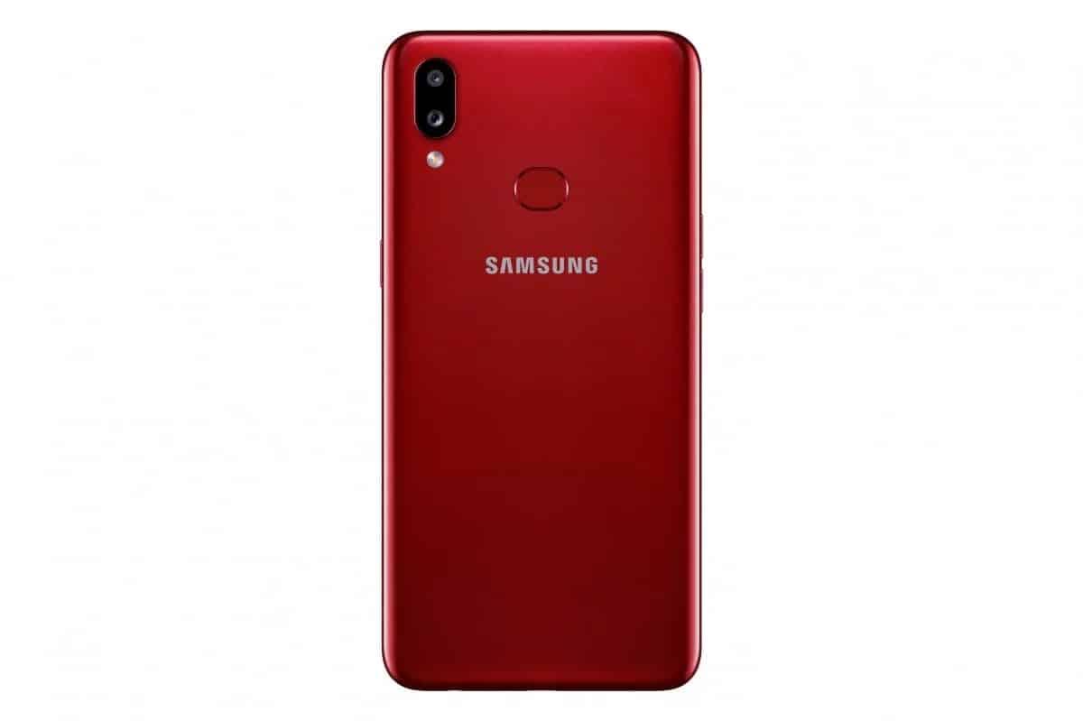 Samsung Galaxy A10s resmi: iyi bir bahis mi yoksa bir flop mu? 2