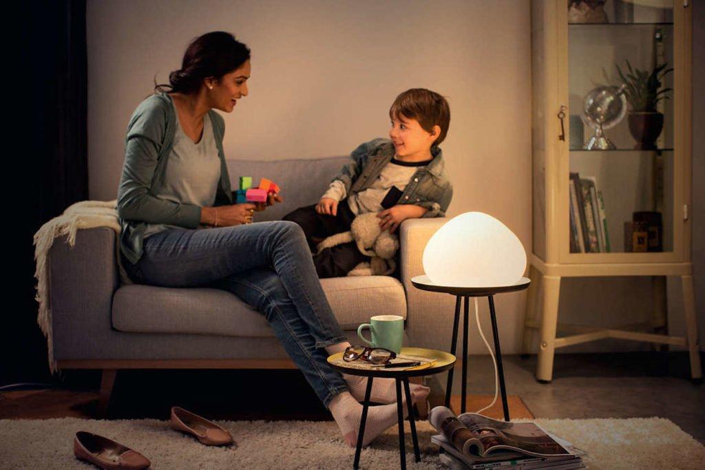 Akıllı lamba vs. akıllı ışık düğmesi - hangisini almanız gerekir - Philips Hue 03
