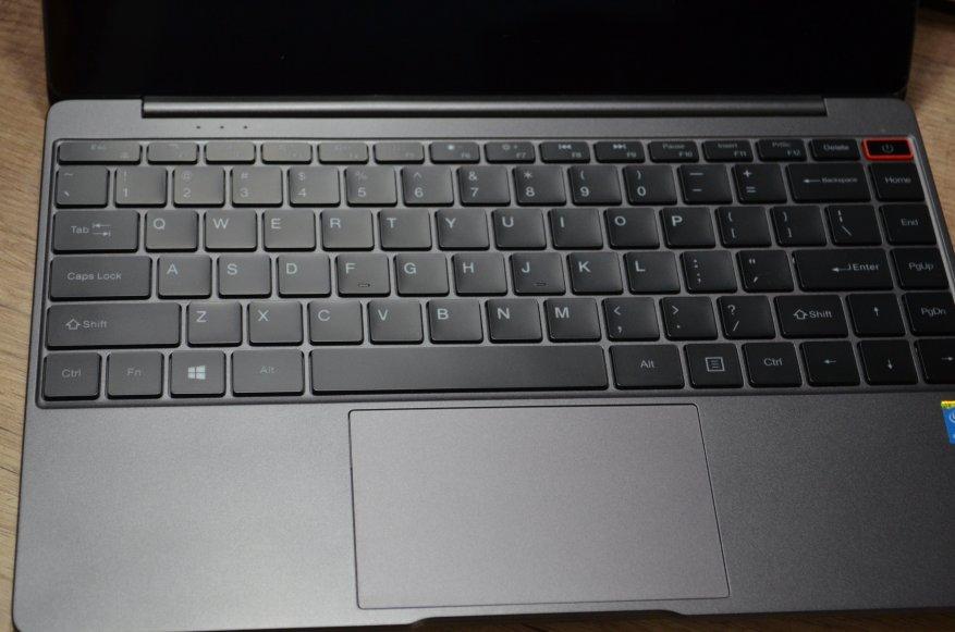 Güçlü, hafif ve ucuz Chuwi AeroBook dizüstü bilgisayara genel bakış. Stil ve fiyat ön planda olduğunda 5