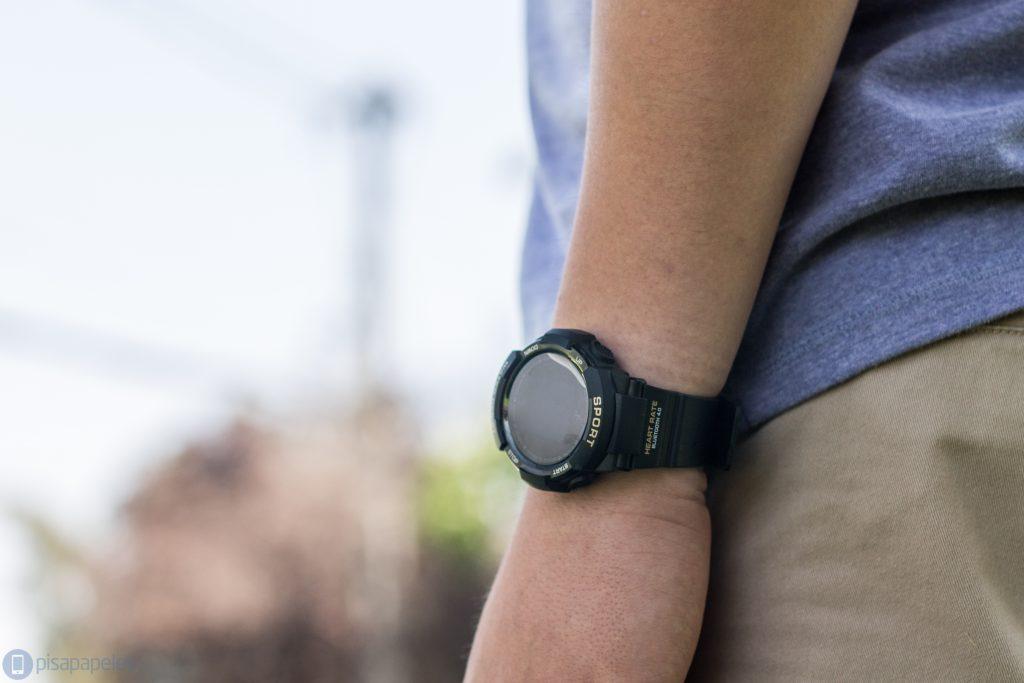 NO.1 F6 Smartwatch'ları gözden geçirin 3