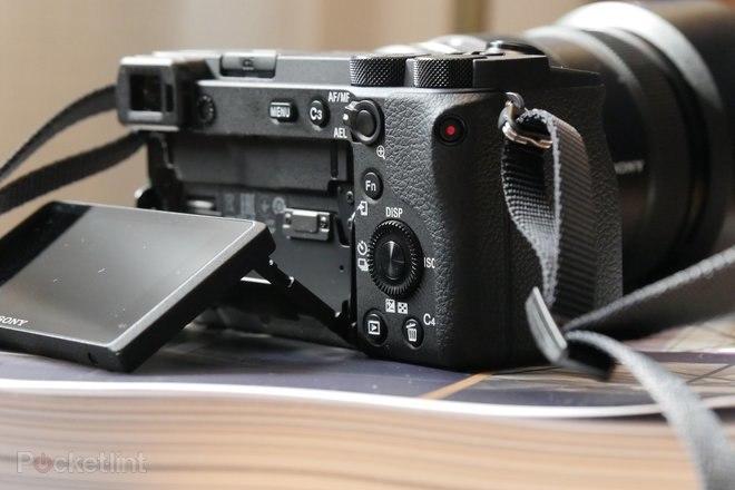 Sony, yeni A6100 ve A6600 APS-C kameraları, 4K video ve süper hızlı gerçek zamanlı izleme özelliğini piyasaya sürdü 4