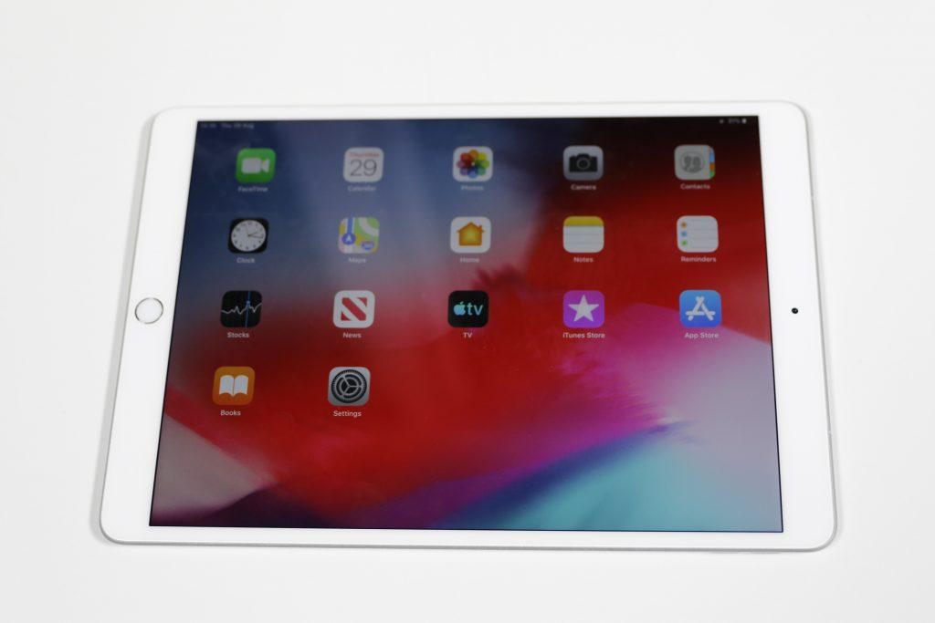 iPad Air 2019 düz