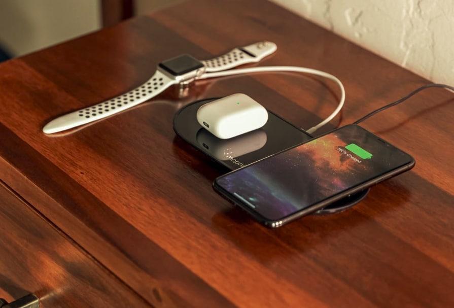 AirPower'ı Koruduktan Sonra, Apple Şimdi Mophie'nin 3-in-1 Kablosuz Şarj Cihazını Satmaya Başladı 1