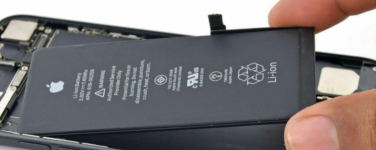 """Apple İPhone'larda kasıtlı olarak üçüncü taraf pil değiştirmeyi """"sabote eder"""" 1"""