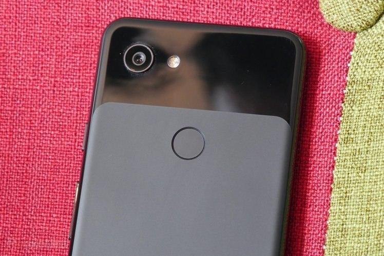 Google Pixel 3a'da kamera kapatıcısı var ancak bankayı kırmayacak 1