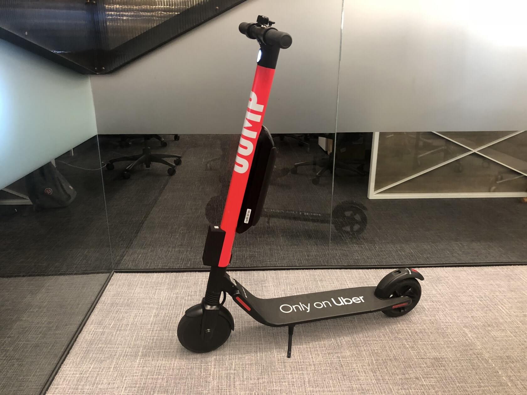Segway-Ninebot, kendisini şarj istasyonuna götürebilecek bir e-scooter'ı duyurdu 1