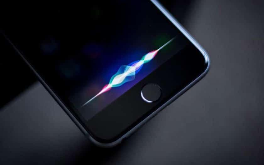 Siri'yi dinle: Apple özür