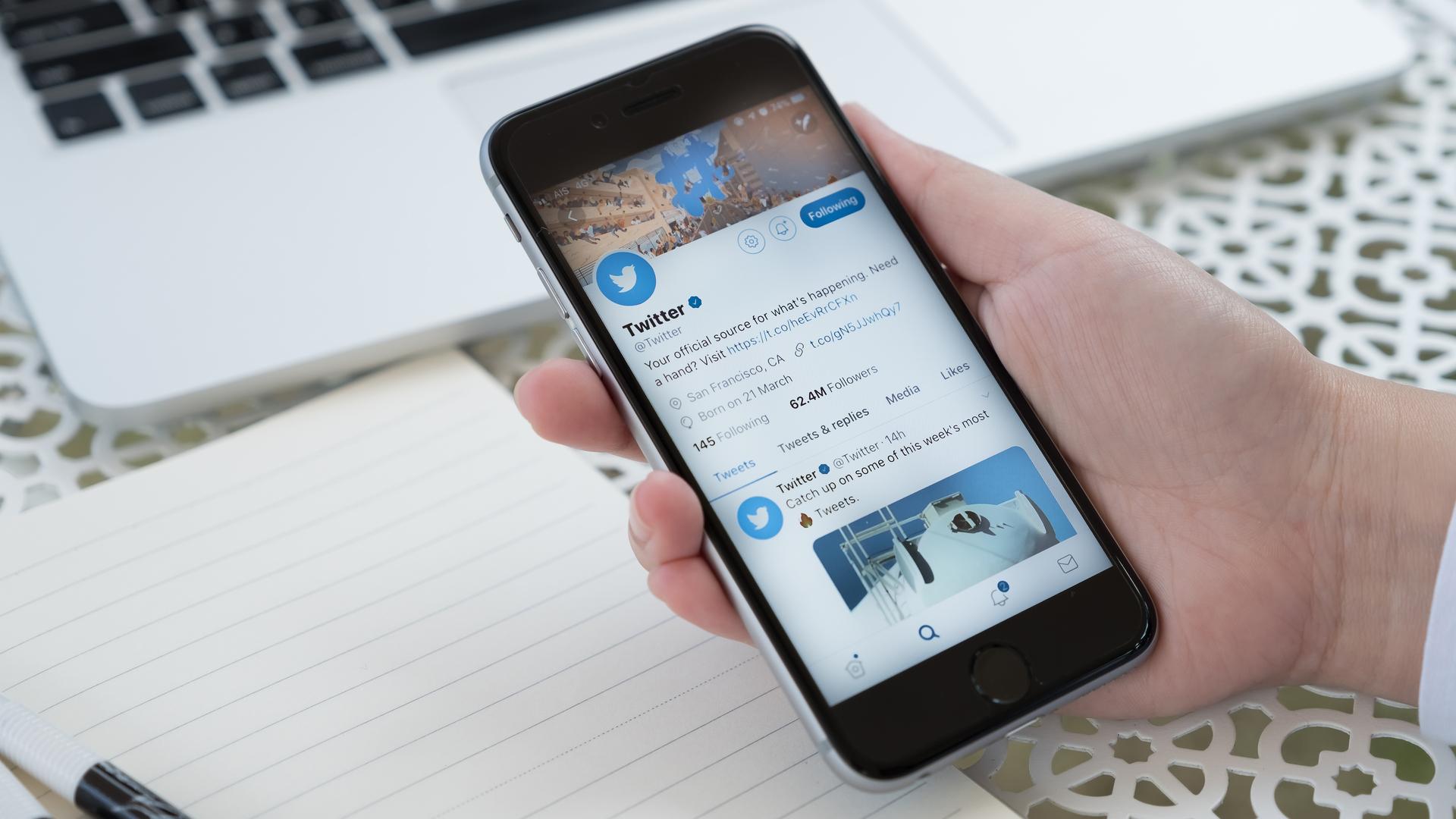 Twitter can sıkıcı bildirimleri susturmak için bir erteleme düğmesini test ediyor 1