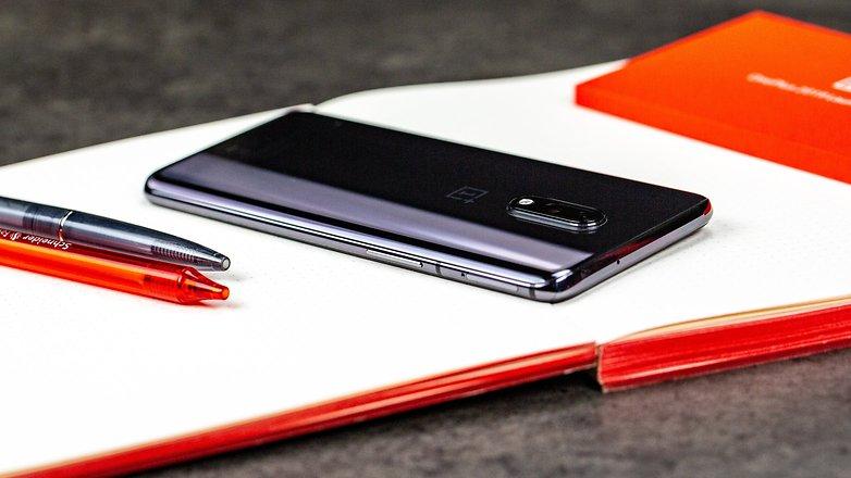 OnePlus 7 Düğme İnceleme 2