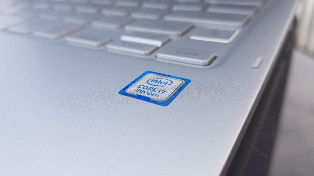 256 GB SSD ile birleştirilmiş Intel Core-i7 işlemci, Style S51 Pen'i çok güçlü kılıyor