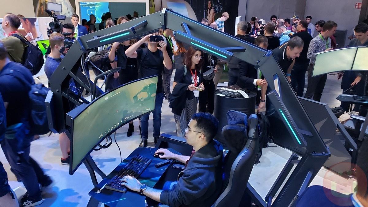 Acer Thronos Air ile Çirkin Oyun Koltuğunu İkiye Katladı 1