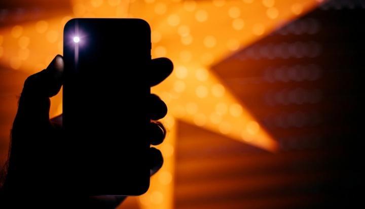 Android Alert: Bu Fener Uygulamaları herhangi biri var mı?