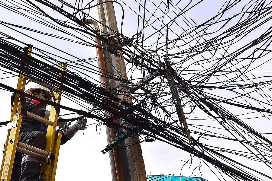 Eski kabloları çıkarmayan şirketlere 50 milyon dolara kadar para cezası verecek yasa çıkarıldı 1