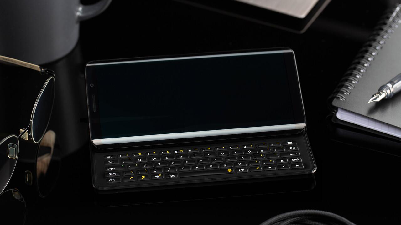 FX Tec Pro 1: QWERTY klavyeli ve eski SoC'li Slider telefon