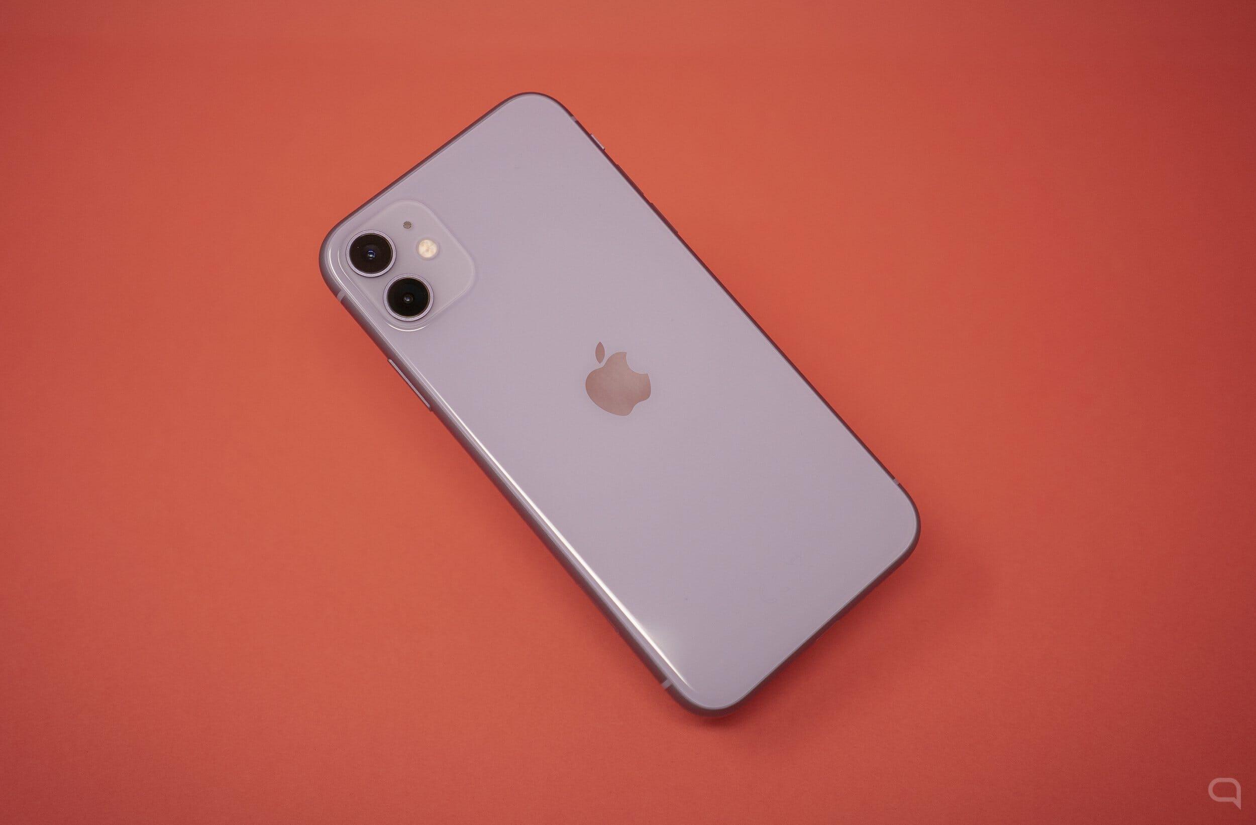 İPhone 11'in sökülmesi, iki taraflı kablosuz şarjın bulunmadığını onaylar 1