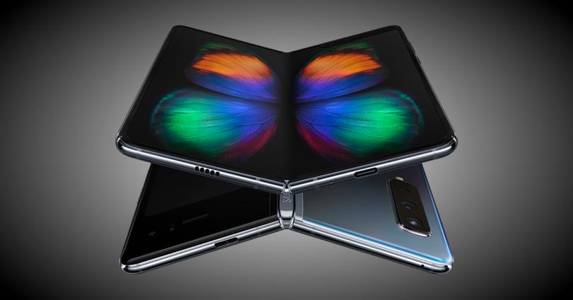 Samsung Galaxy Fold  ön ve arka