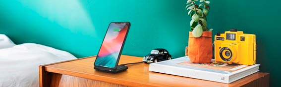 Primo 10 kablosuz şarj cihazına güvenin, videoları izlerken cep telefonunuzu şarj edin 1