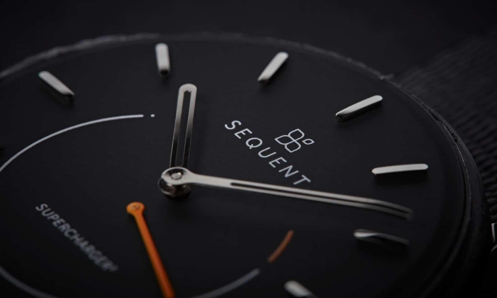 sıralı kendinden şarjlı smartwatch