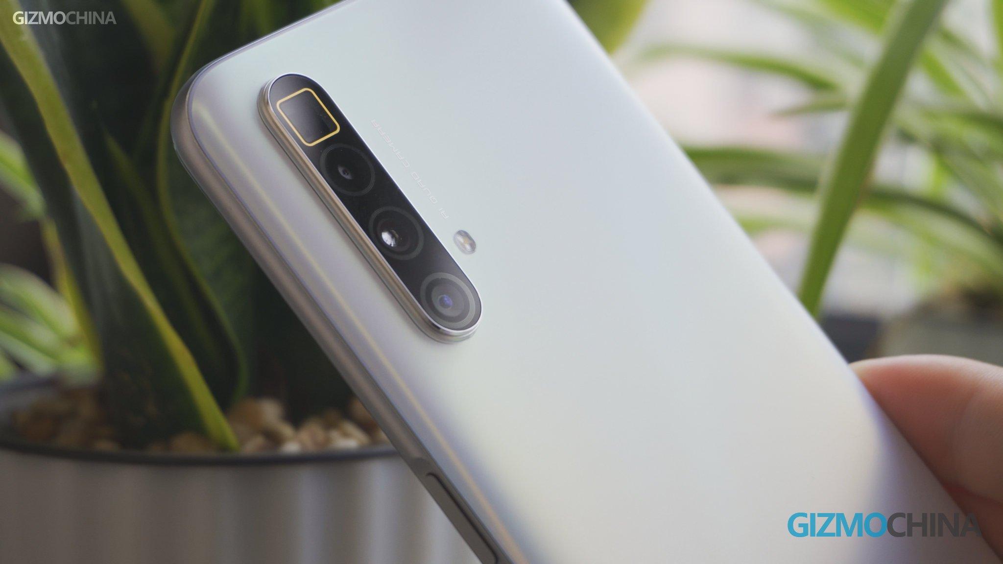 Câmeras Persicope Realme X3 SuperZoom