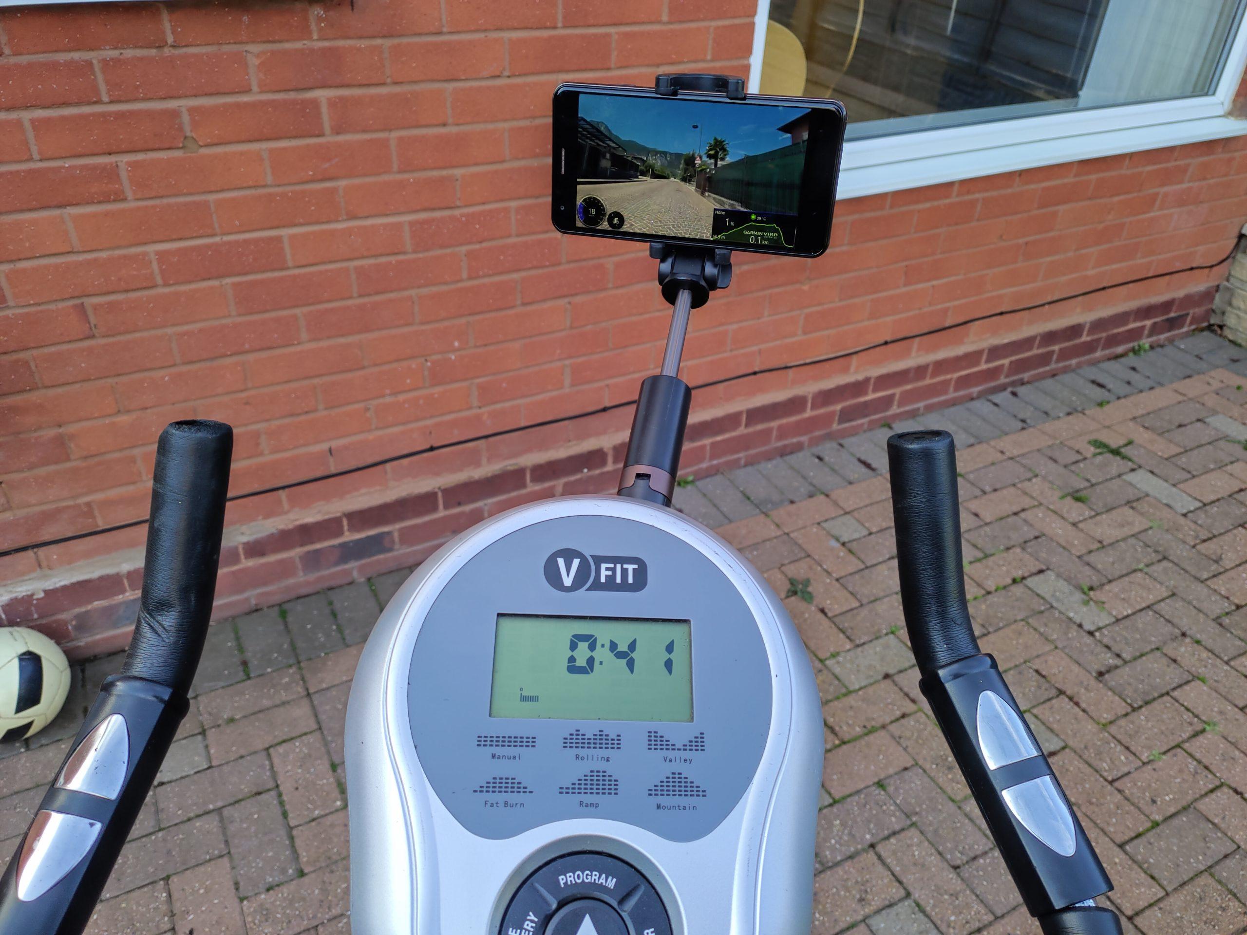 Ativo em casa - fique em casa, mas mantenha-se saudável. Adicionando uma tela a uma bicicleta ergométrica antiga!