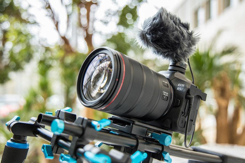 A Canon EOS R5 filma 8K com qualidade de cinema a 30fps, 4K para ...