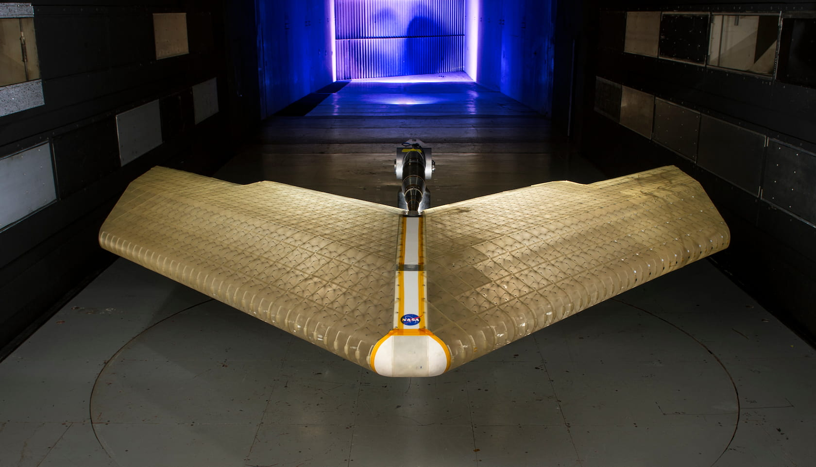 Asa inteligente incrível da NASA pode se transformar enquanto voa