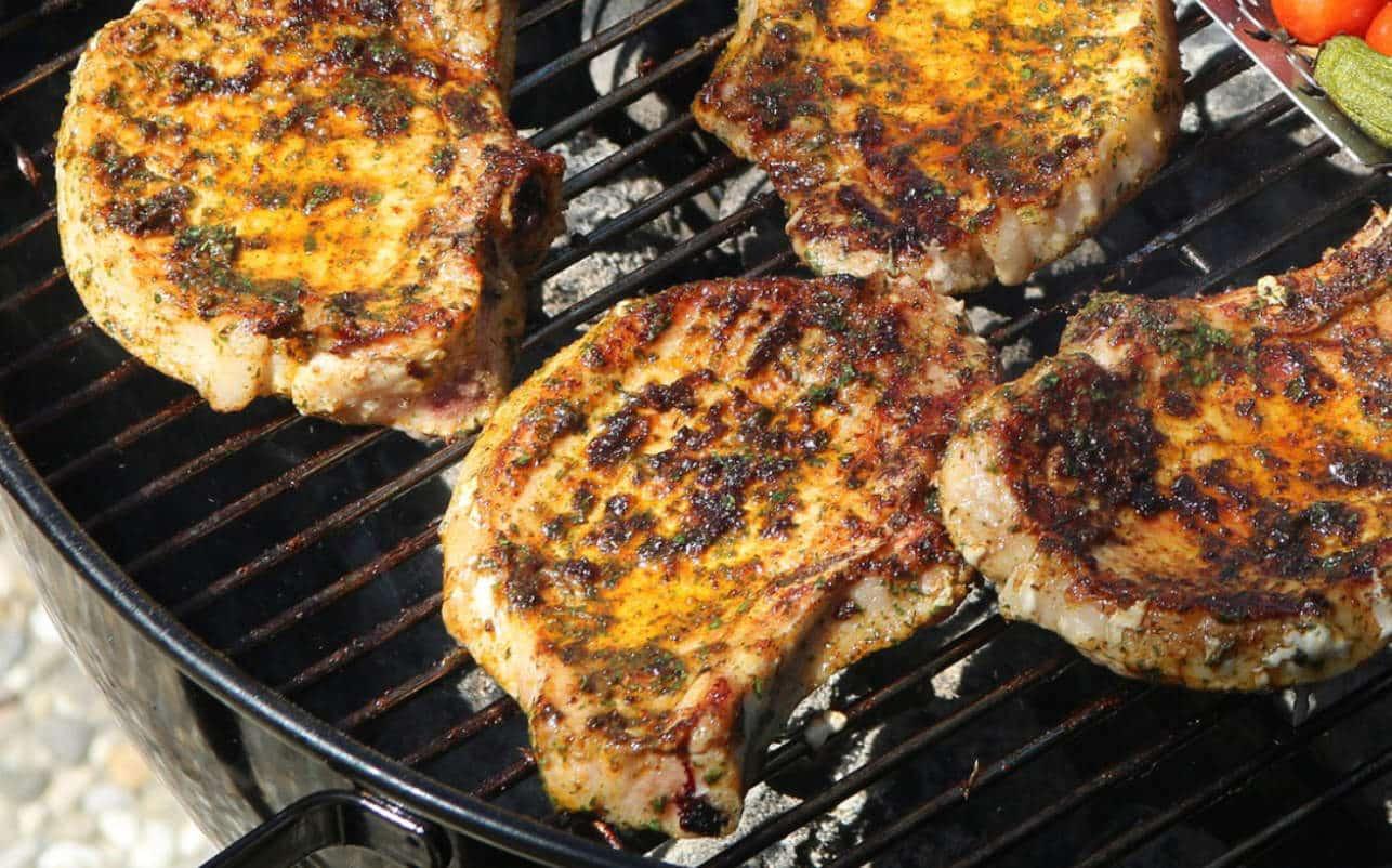 Ciência confirma que consumidores odeiam costeletas de porco cozidas demais