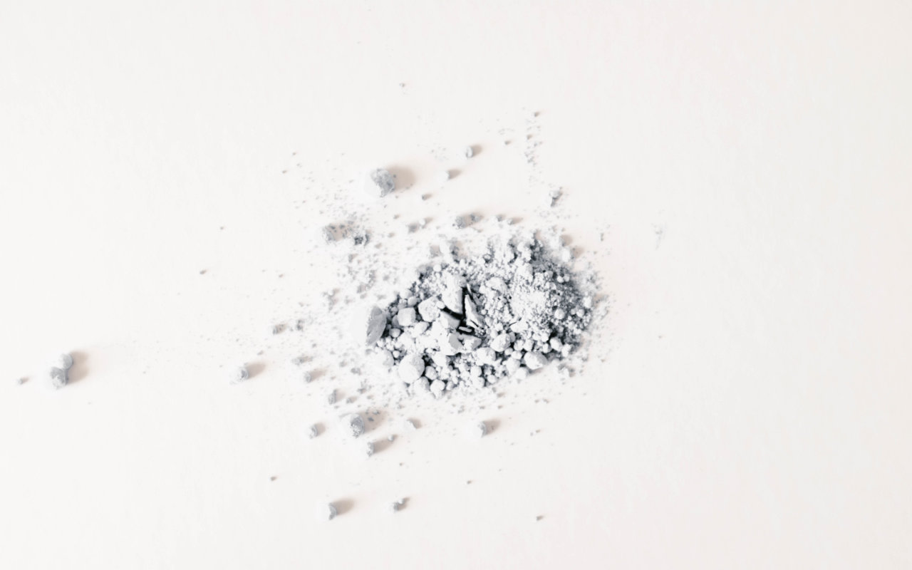 Scientists pulverize smartphones into powder to see what's inside