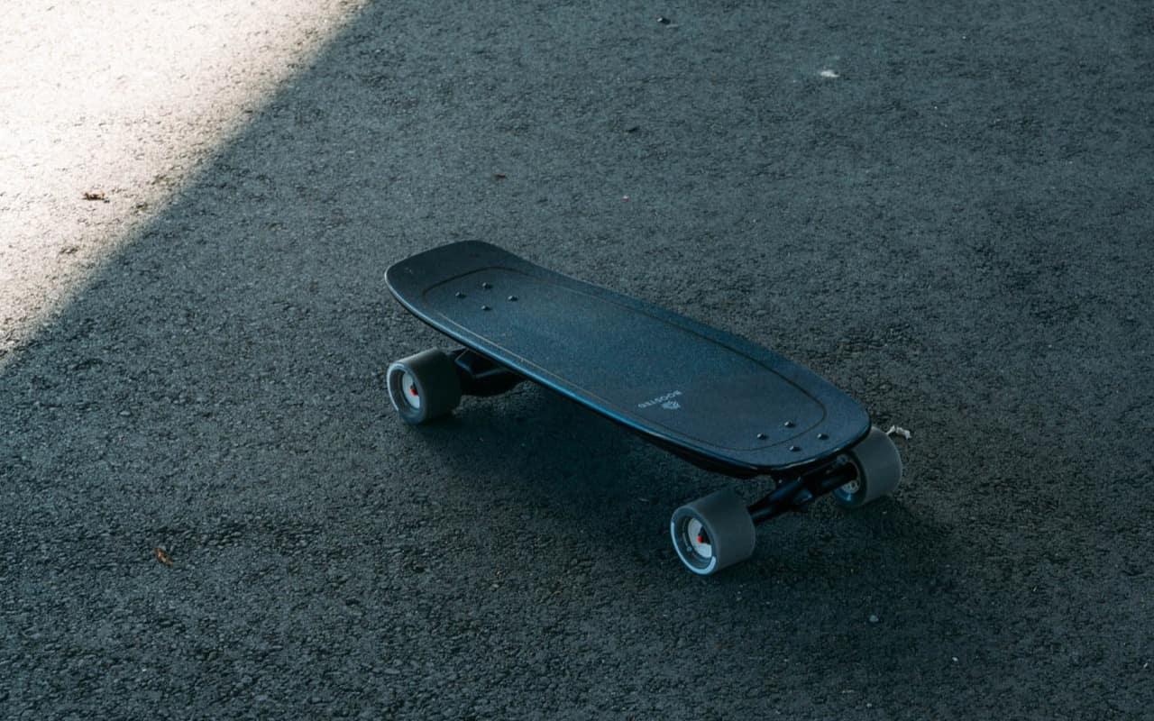 Como escolher um skate elétrico - e evitar erros caros