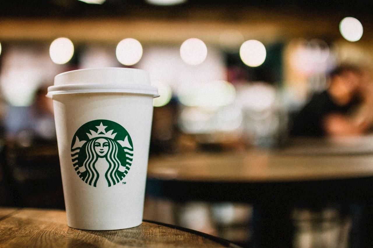 Copo Starbucks de Game of Thrones: uma estrela convidada especial ...
