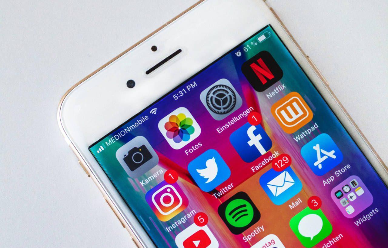 Facebook, Instagram, WhatsApp down: Huge outage leaves users waiting
