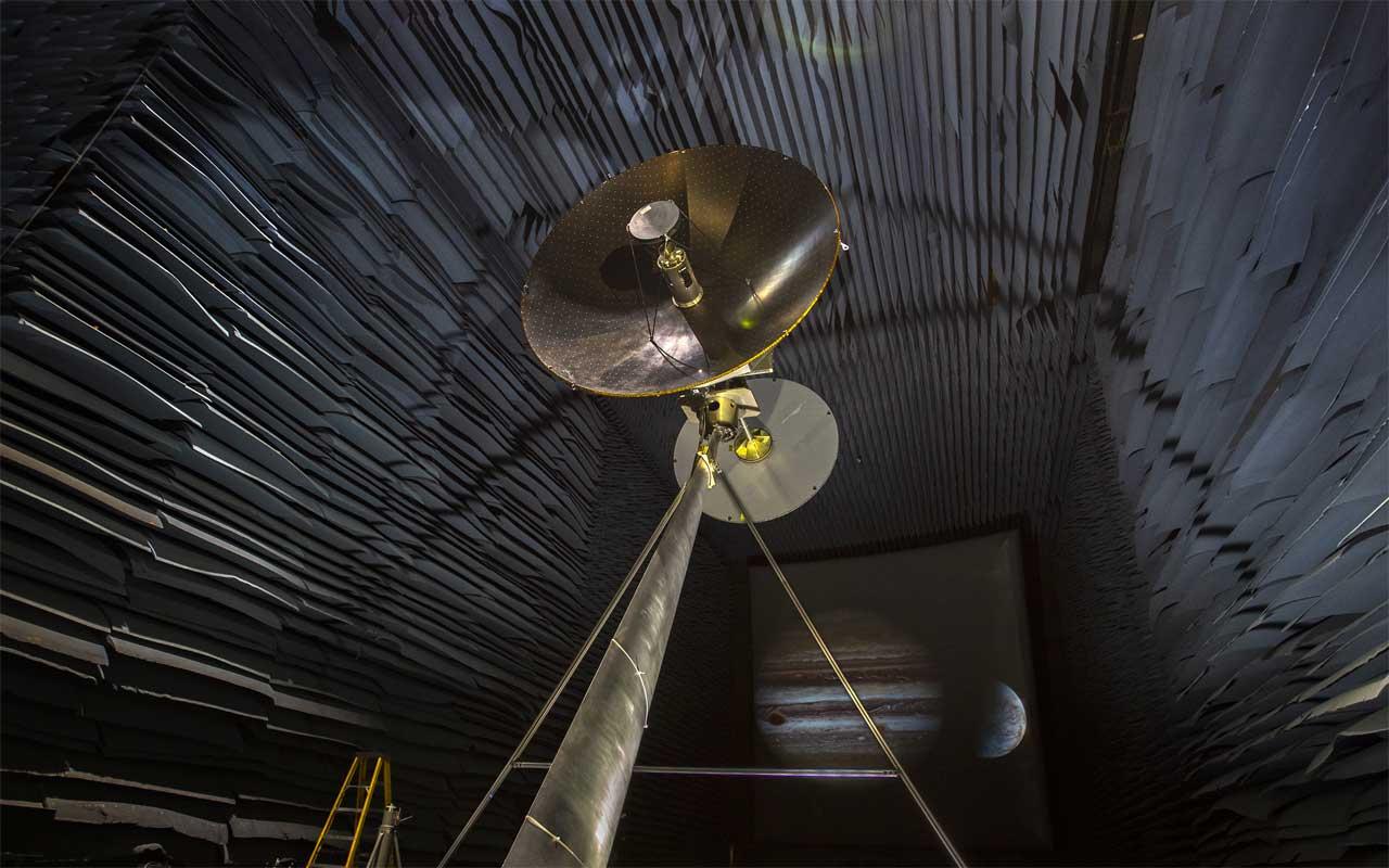 NASA is testing Europa Clipper's high-gain antenna