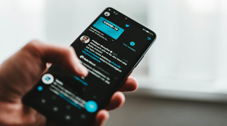 O Twitter quer que seus usuários comecem a ler artigos antes de compartilhá-los