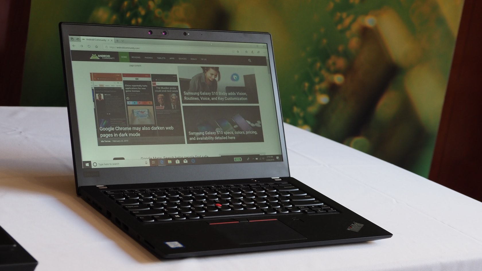 Lenovo ThinkPad X390 ultraportable laptop targets on-the-go professionals