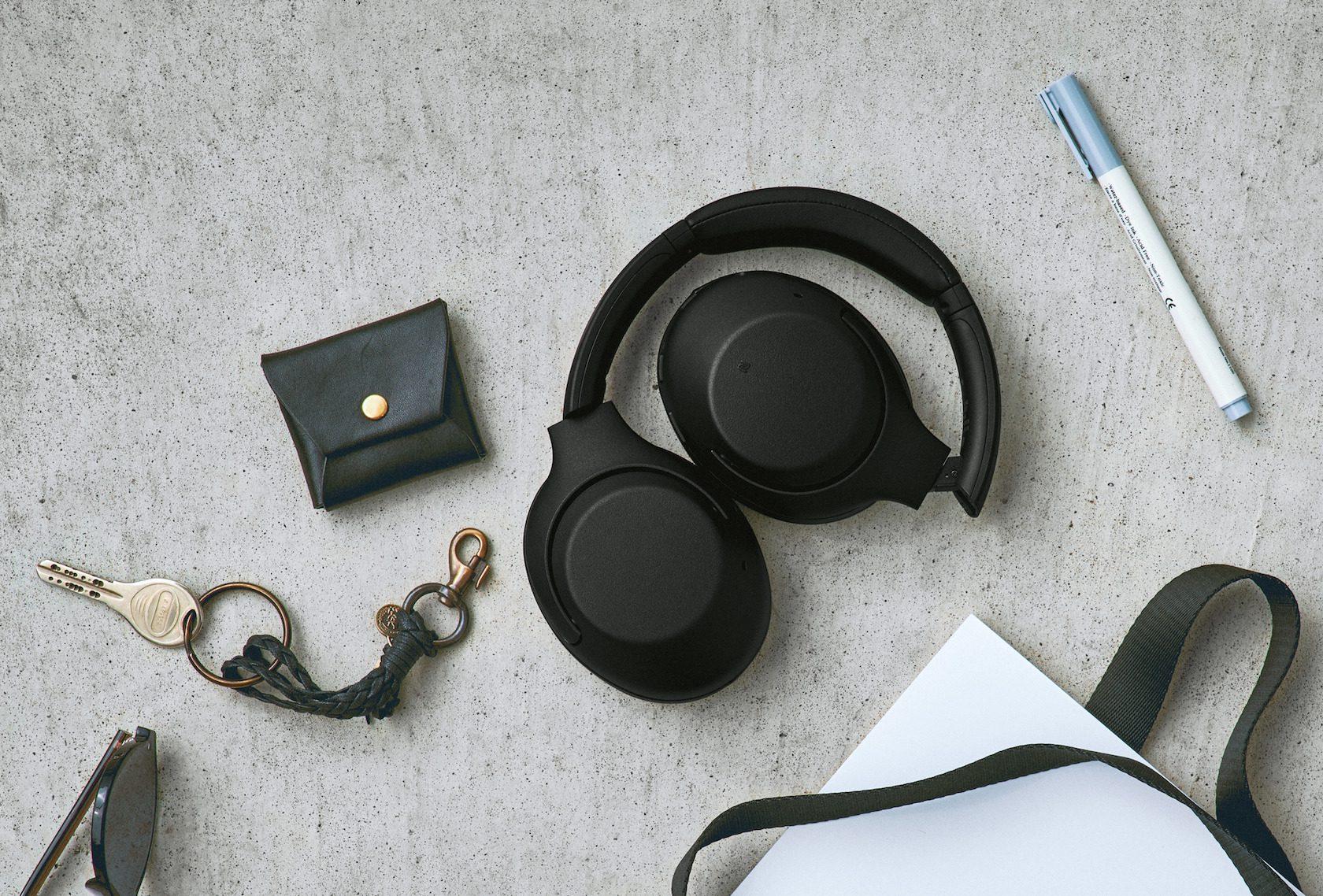 Os fones de ouvido com cancelamento de ruído Sony XB900N têm graves grandes e preços mais baixos
