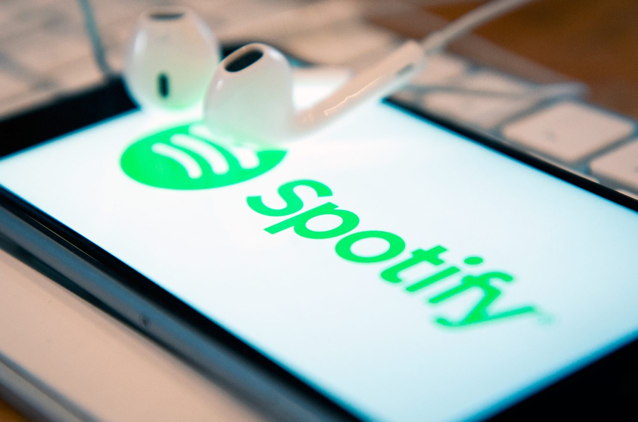 """Spotify takes another shot at """"monopolist"""" Apple"""