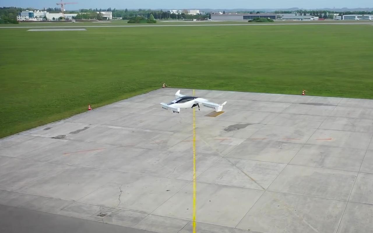 Táxi aéreo elétrico de cinco lugares da Lilium Jet faz seu primeiro voo