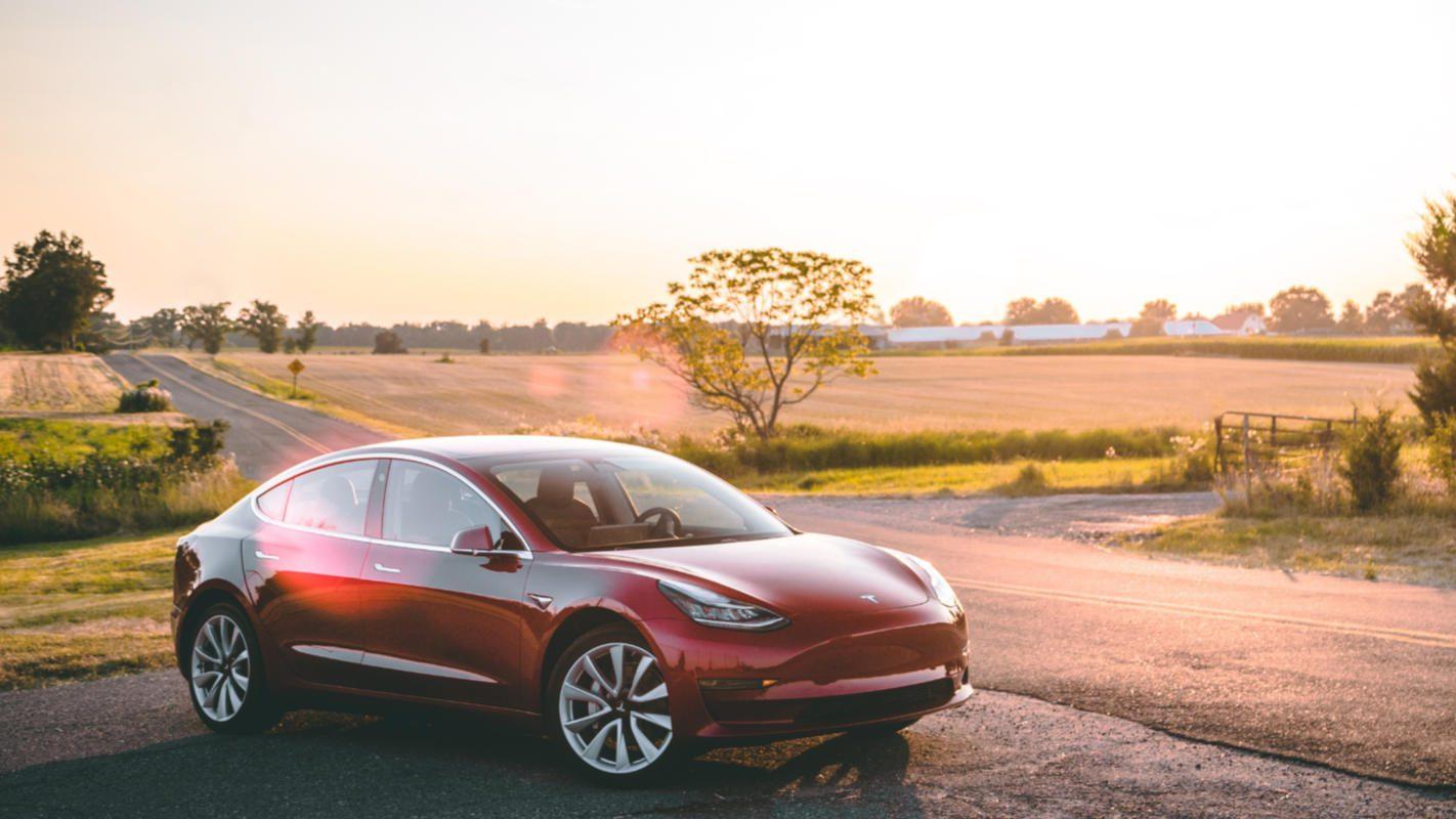 Tesla lançará seu próprio produto de seguro em um futuro próximo
