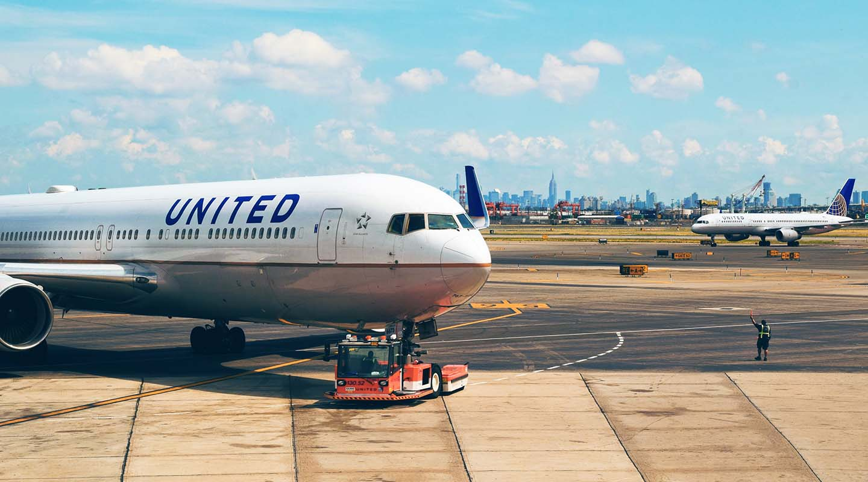 United Airlines suspende muitos vôos para a Ásia por causa de coronavírus