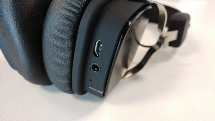 Revisão dos fones de ouvido Bluetooth retro EP634 de agosto