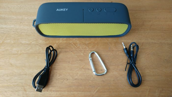 Revisão de alto-falante portátil sem fio Aukey