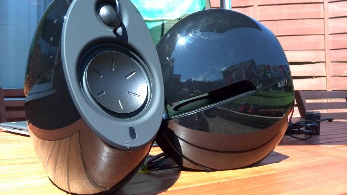 Pensei que todos os alto-falantes Bluetooth eram iguais?  Edifier Luna Eclipse comentário