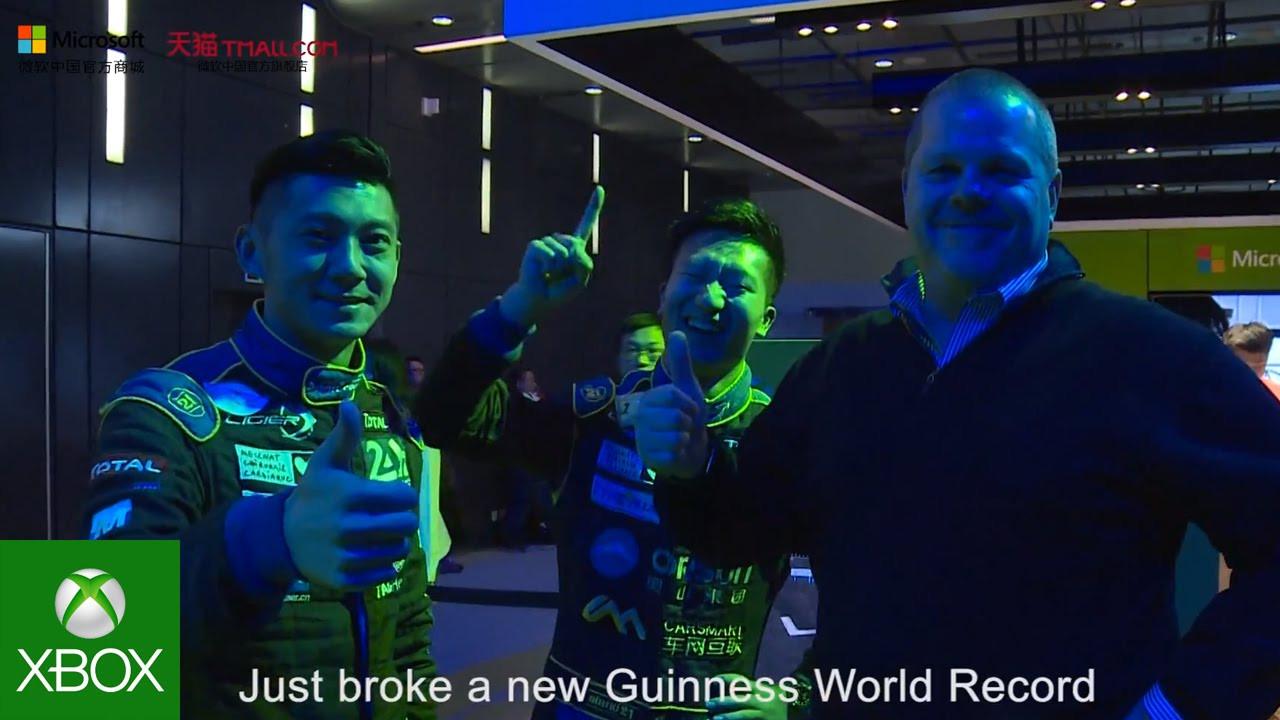 """Pilotos de corrida batem recorde mundial no Guinness em """"Forza Race for the ..."""